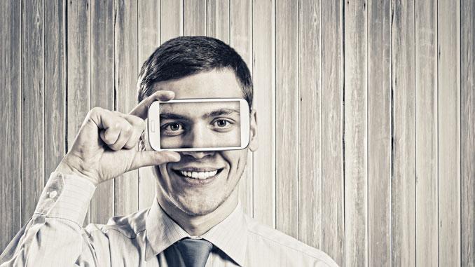 Augenschäden durch Displays - © - Sergey Nivens - Fotolia