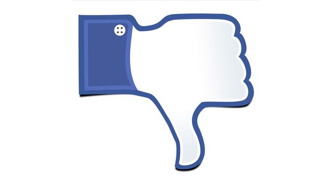 Facebook macht süchtig - © xurzon - Fotolia