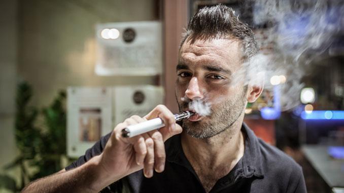 Marihuana E-Zigaretten - © - marcoprati - Fotolia