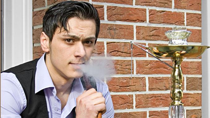 Wasserpfeifen erzeugt Raucher - © Starpics - Fotolia