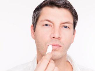 Winterliche Lippenpflege - © detailblick-foto