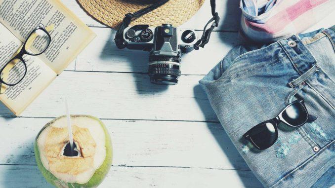 Reisen und Arbeiten verbinden | © veerasantinithi - pixabay.com